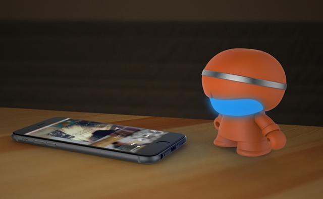 Mini enceinte ultra compacte Xboy Xoopar (orange) – Visuel