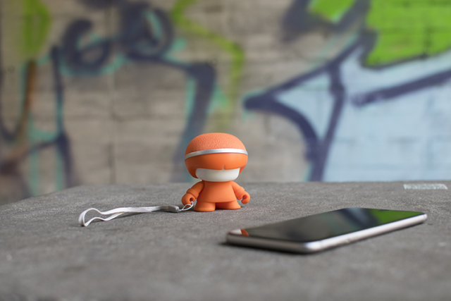 Mini enceinte ultra compacte Xboy Xoopar (orange) – Visuel#1