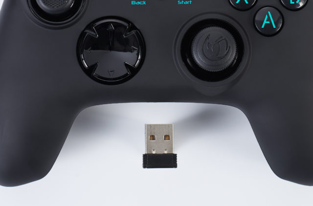 Manette de jeu PC sans fil GC-200WL PCGC-200WL NACON – Visuel#2tutu#3