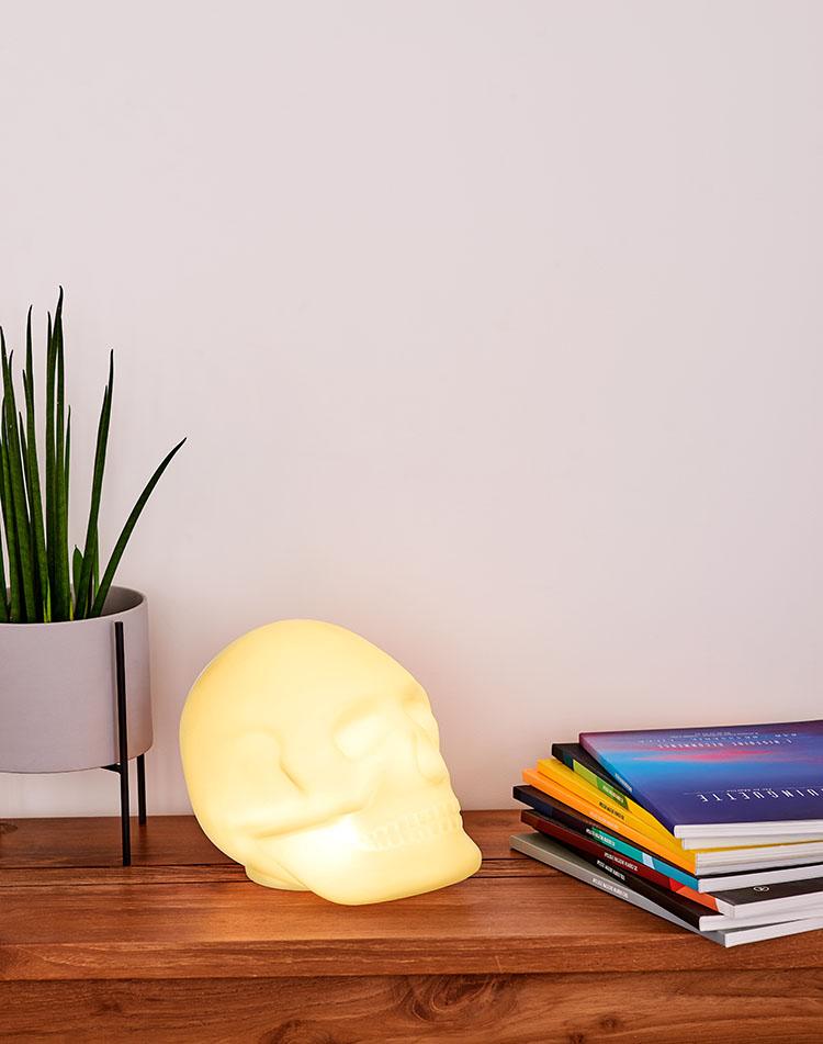 Bluetooth®-Lautsprecher – Lumin´Us Skull - Bild#2tutu#4tutu#6tutu#8tutu#10tutu#11