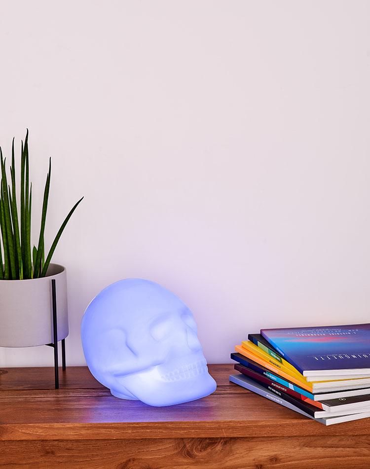 Bluetooth®-Lautsprecher – Lumin´Us Skull - Bild#2tutu#4tutu#6tutu#8tutu#10tutu#12tutu#13