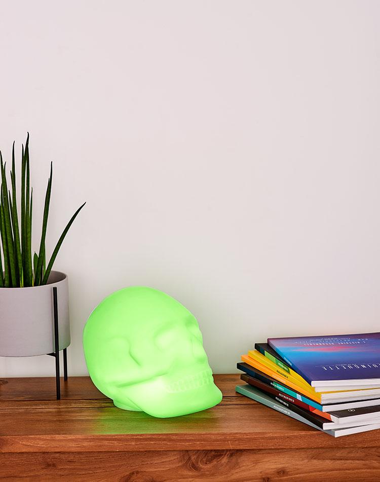 Bluetooth®-Lautsprecher – Lumin´Us Skull - Bild#2tutu#4tutu#6tutu#8tutu#10tutu#12tutu#14tutu