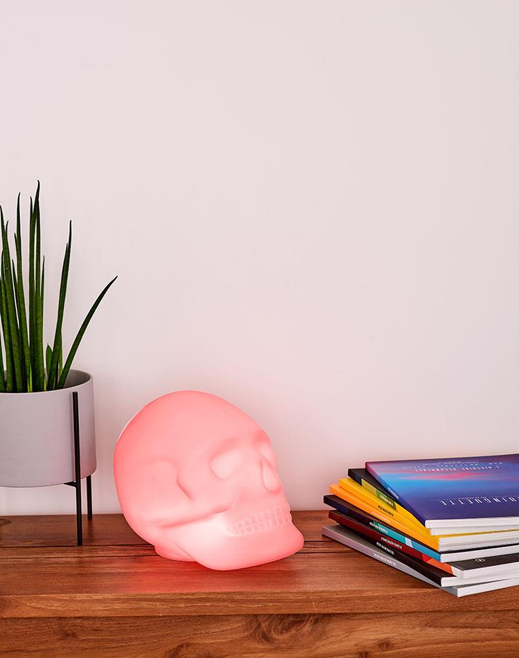 Bluetooth®-Lautsprecher – Lumin´Us Skull - Bild#2tutu#4tutu#6tutu#8tutu#10tutu#12tutu#14tutu#15