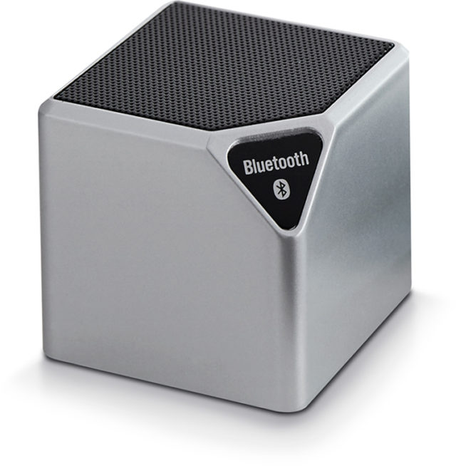 Wireless portable speaker (metallic) - Packshot
