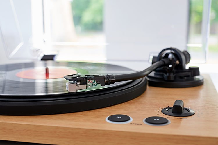 Professional turntable TT450BT THOMSON - Image  #2tutu#4tutu#6tutu